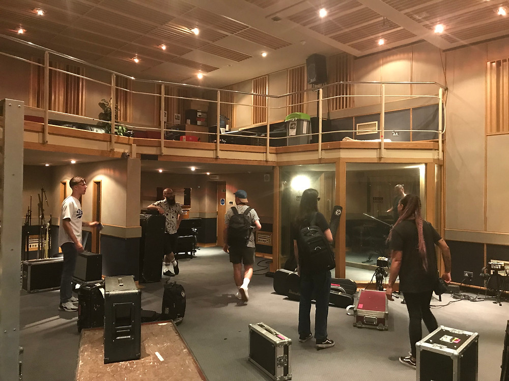 The Skints loading in to BBC Maida Vale Studios