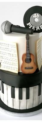Cake design gâteau musique guitare chant