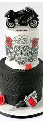 Cake design gâteau moto tatouage