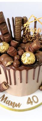 Cake chocolat drip cake kinder