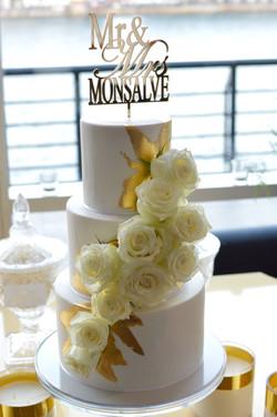 sydney wedding cake gold