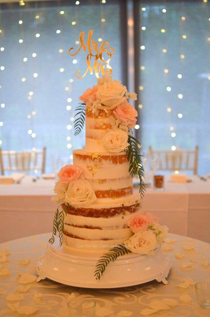 Sydney Wedding Cakes, Sydney Buttercream Weddng cake, 3 tier wedding cake fresh flowers, Semi naked wedding cake sydney