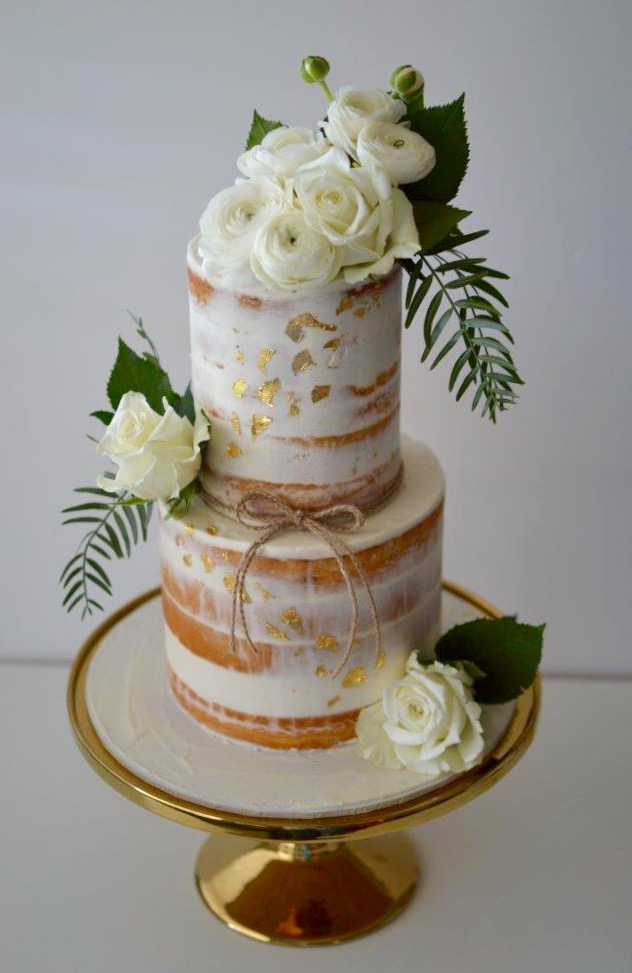 Sydney Naked cake fresh flowerts