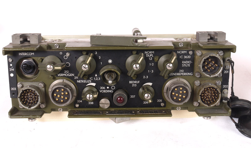 IC3620_front