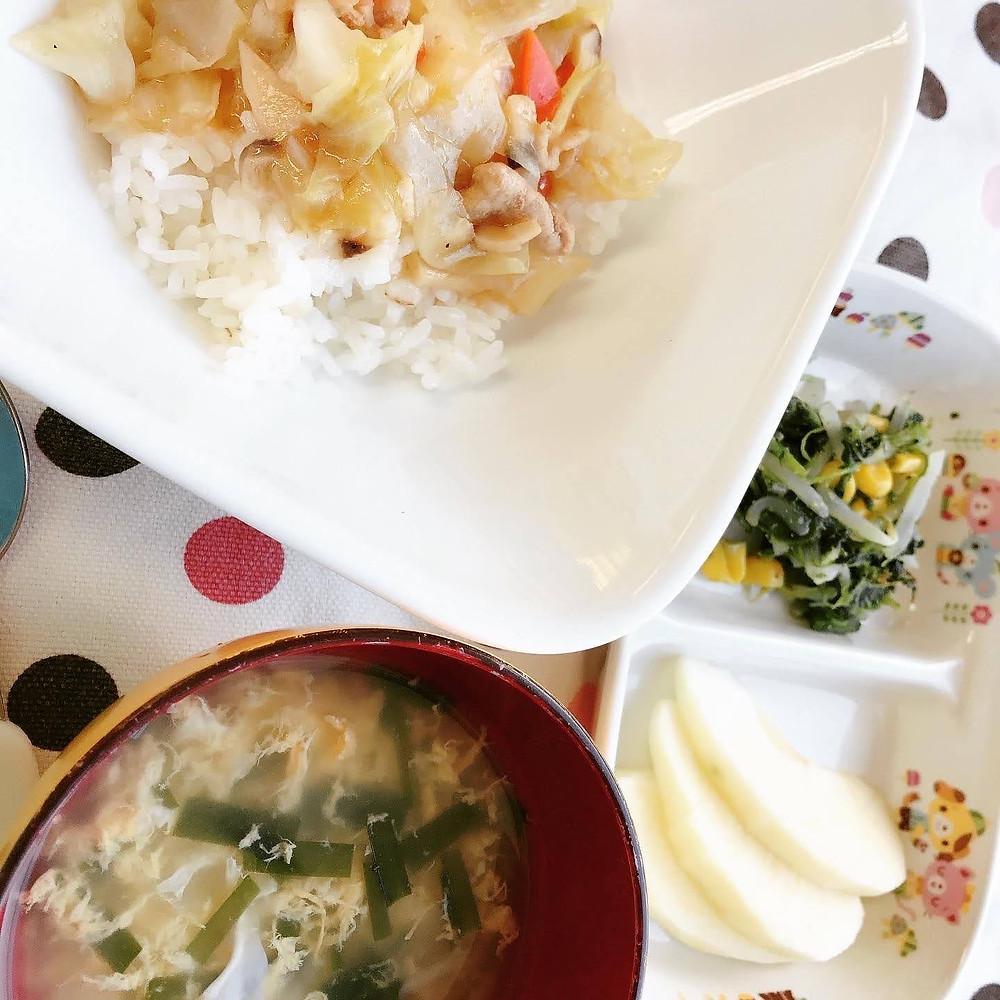 毎日、こどもたちの健康のために温かな食事を