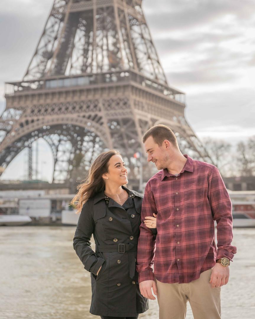 Couple Photoshoot in Paris