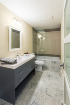 Bathroom-LaManga