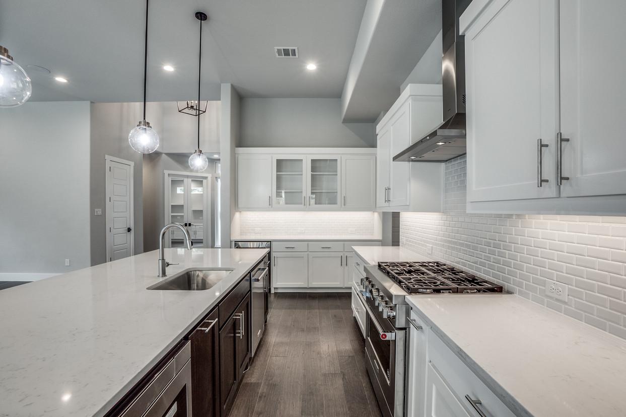 4417-somerville-Kitchen 3.jpg