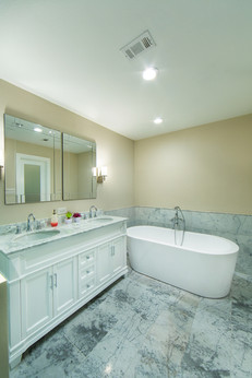 Master Bathroom-LaManga