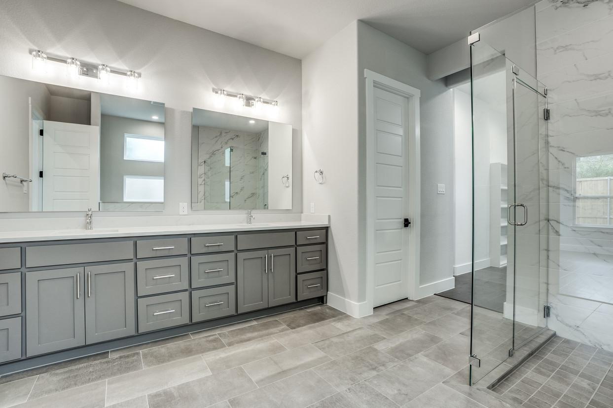 4417-somerville-Master Bath.jpg