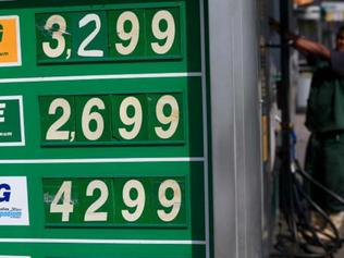 Inflação de novembro terá impacto de gasolina, energia elétrica e dólar
