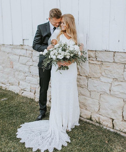 Where are all our Boho brides at! Becaus