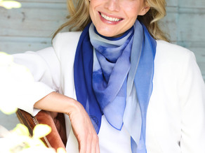 How to wear a silk scarf professionally
