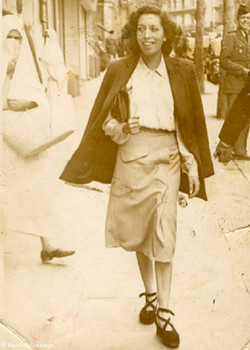 Nassima jeune- 10949 femmes.jpg