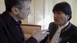 ON_REVIENT_DE_LOIN_le_président_Bolivien_Evo_Morales_sollicité_par_Pierre_Carles.png