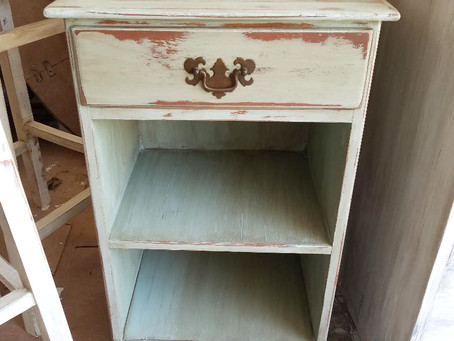 Distressed Serenity Blue Stand