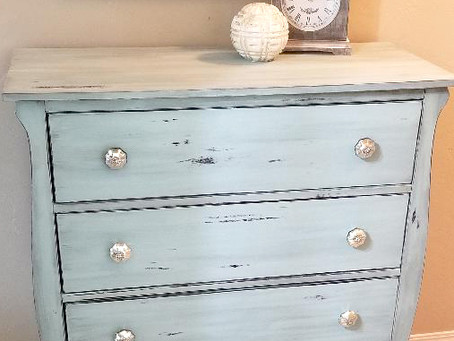 Distressed Serenity Blue 4 Drawer Dresser