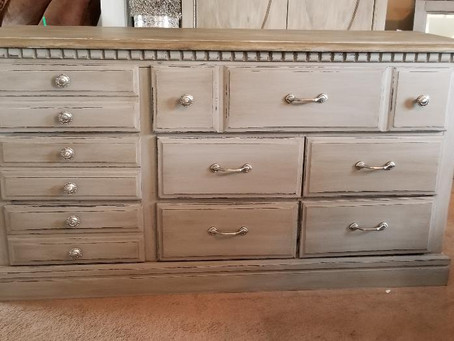 Distressed Windsor Gray  Dresser