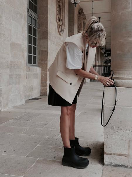 LOOKS / KATHRIN MORMANN IN PARIS / PALAIS ROYAL
