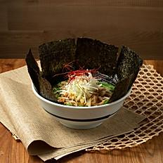 鮪魚湯香菇野菜海蝦拉麵