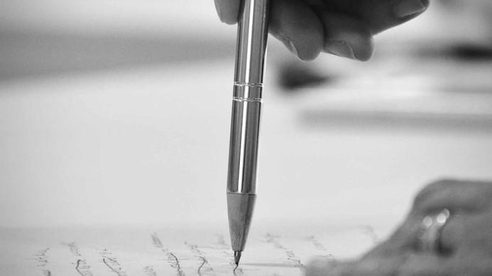 projet photo - Le corps en écriture - Bâtons de pluies - Kelly Photographie