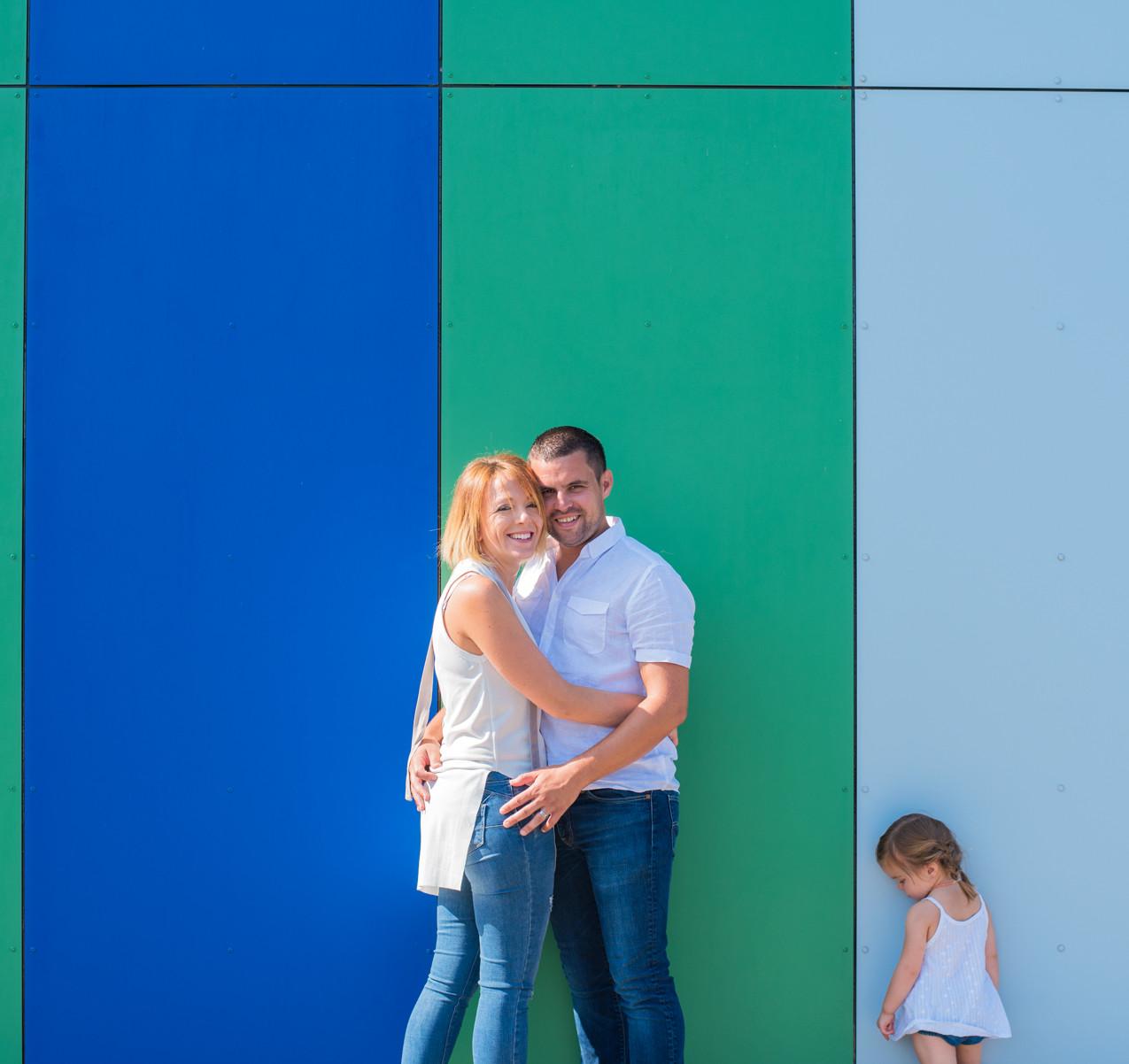 séance photo Boé, mur de couleur