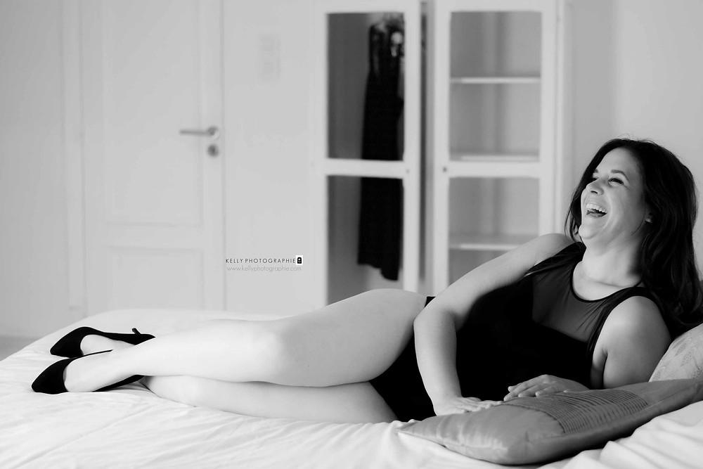 photographe agen boudoir glamour séance photo lingerie body noir