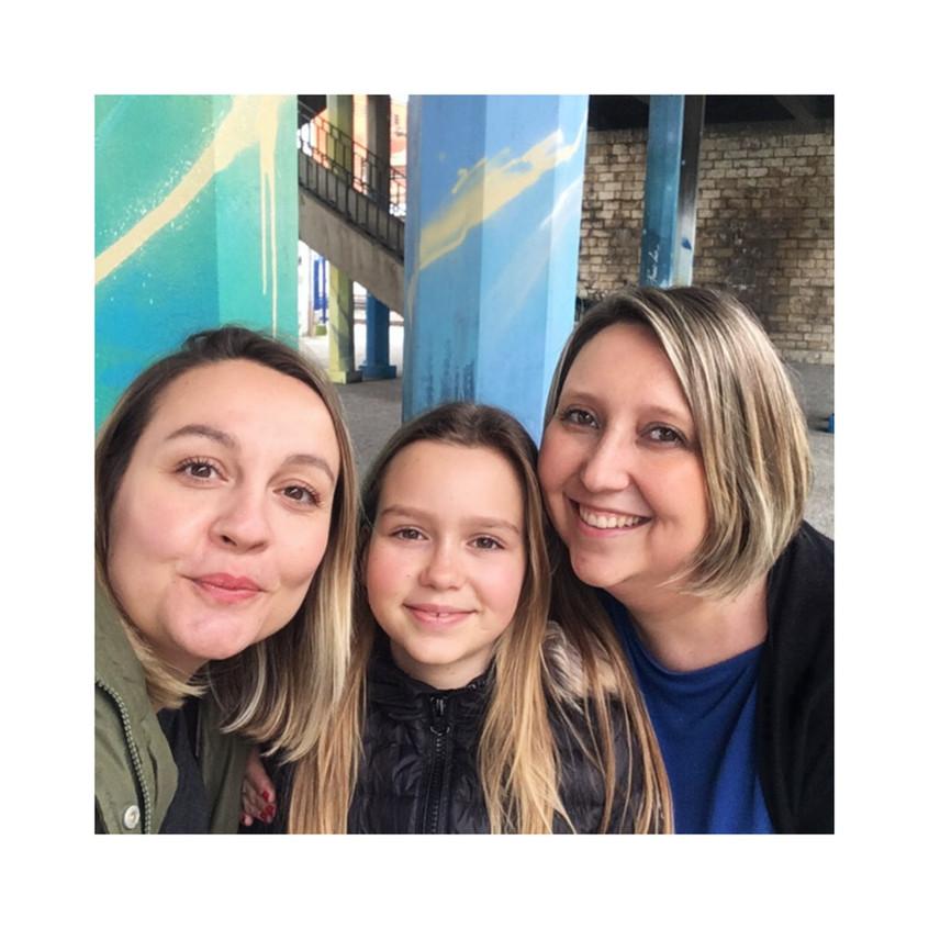 Sarah + Virginie + Kelly