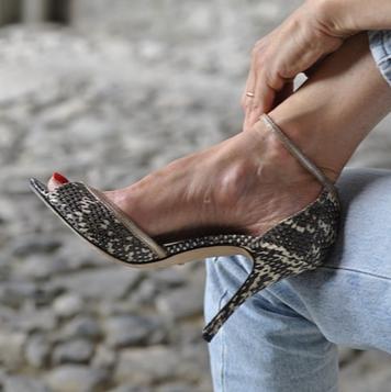 Nefertiti serpent