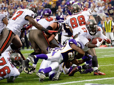 Vikings Drop Out of Playoffs as They are Defeated by Tampa Bay, 26-14