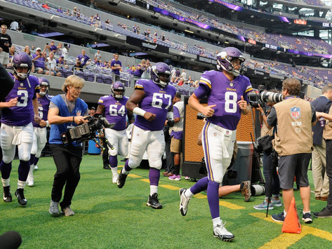 Vikings Look to Continue Playoff Push, Host Jaguars