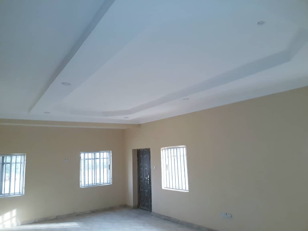 POP CEILING FINISHES IN ALL HOUSES