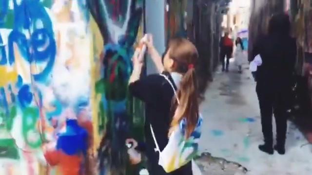 Birthday Graffiti spray time! #partymadn