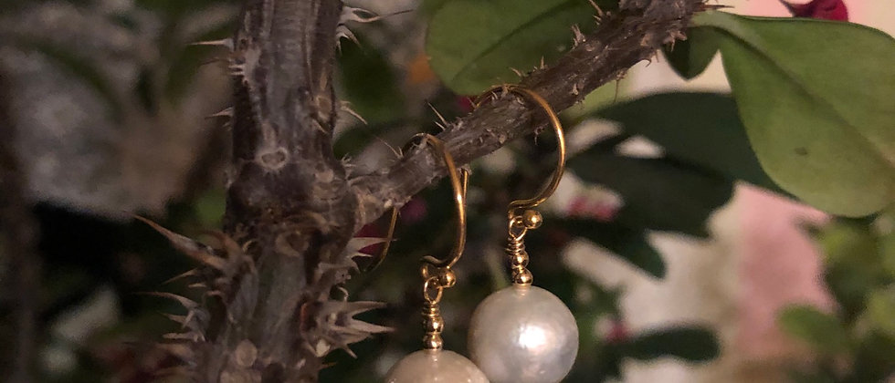 Beautifully Baroque pearl drops