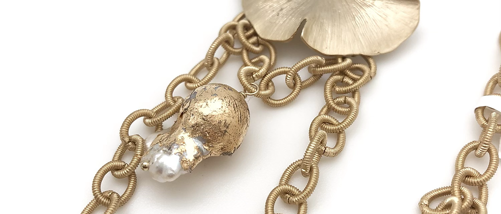 Ginkgo Leaf and Gold Leaf Pearl Necklace
