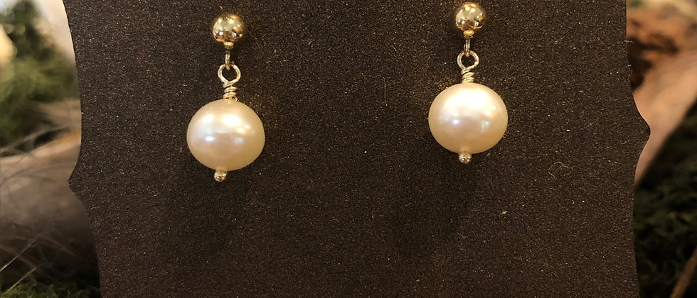 Pearls on Gold
