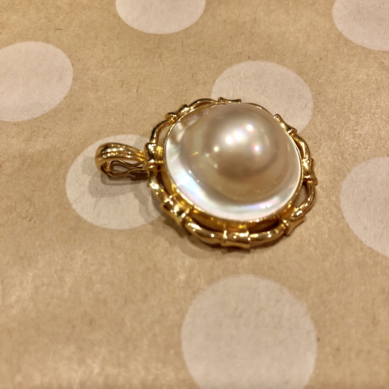 Thumbnail: Mabe Pearl Enhancer 14K gold