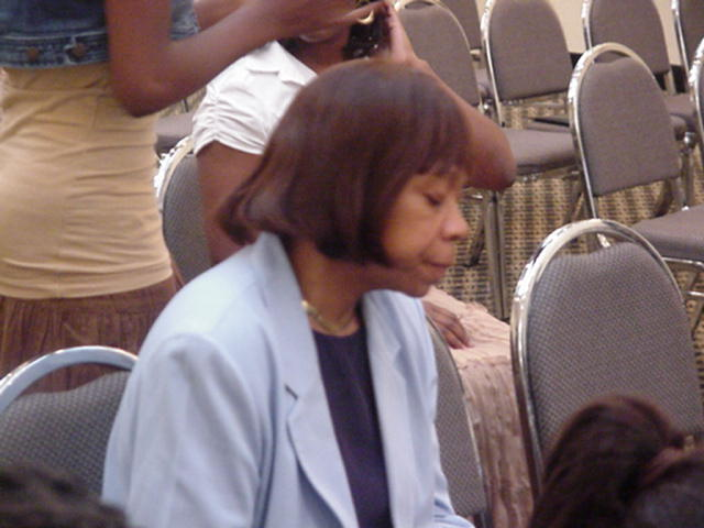 Gloria Jones 08