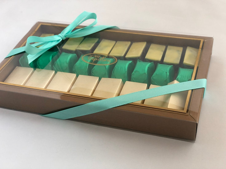 Papillon Large Sliding Box of chocolate