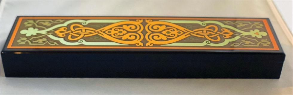 Black Wood Arabesque Design Box of chocolate