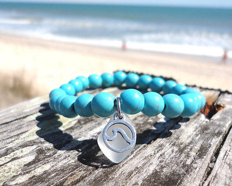 Turquoise Bead Stretch Bracelet with Wave Charm