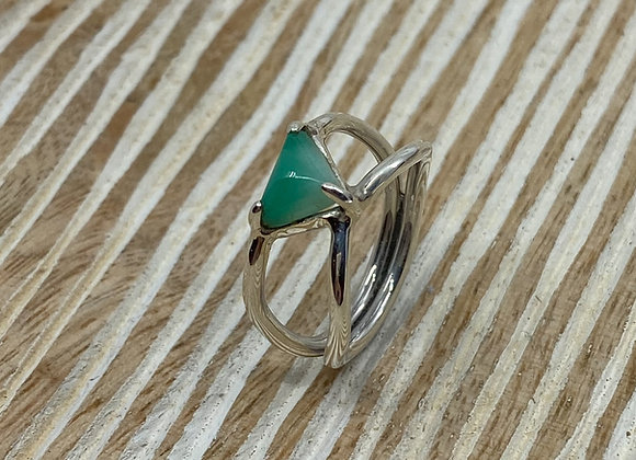 Ring 0.95 Ct Sugar Loaf Cut Columbian Emerald