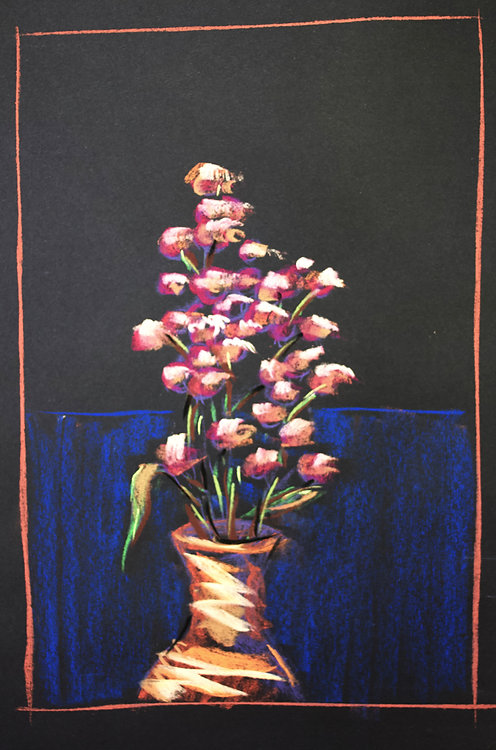 tiny_vase_pinkflowers.jpg