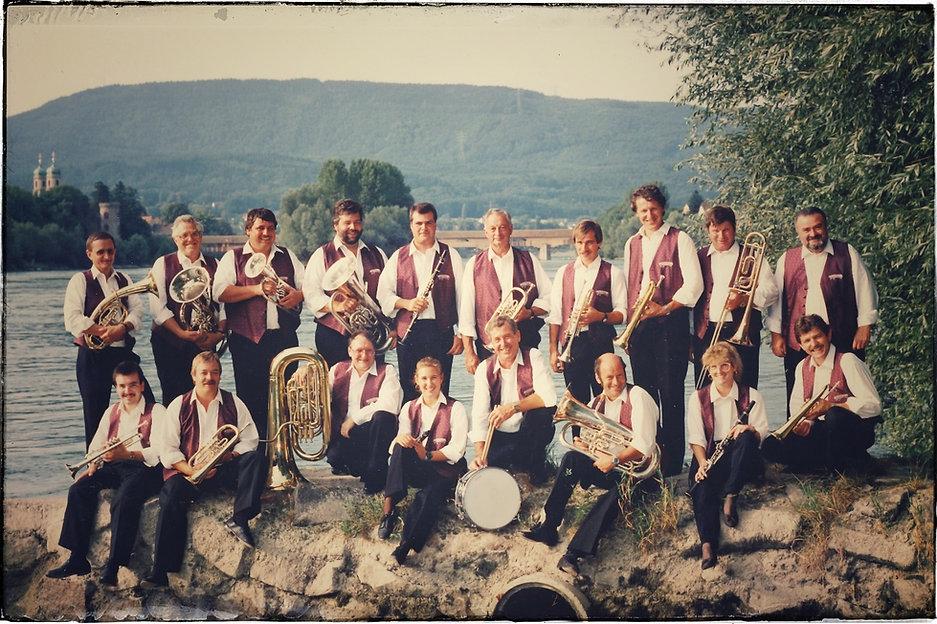 Rhybuebe Stein 1995.jpeg