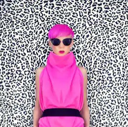 fashion-portrait-girl-trendy-hairstyle-2