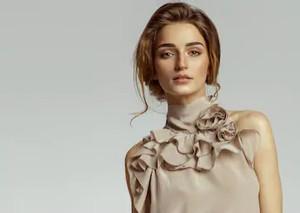 beauty-portrait-female-face-natural-260n