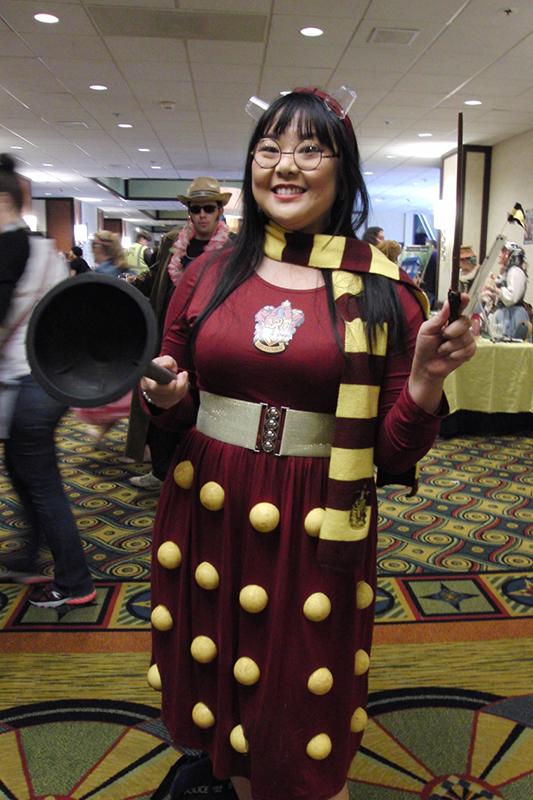 Gallifrey One 2018 Dalek Gryffindor mashup_800