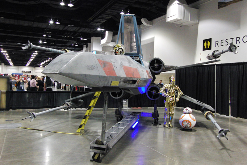Denver Comic Con 2016 X-Wing StarFighter_800.jpg