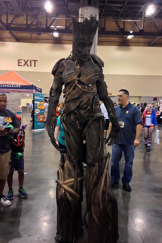 Phoenix Comicon 2016 Groot_800.jpg