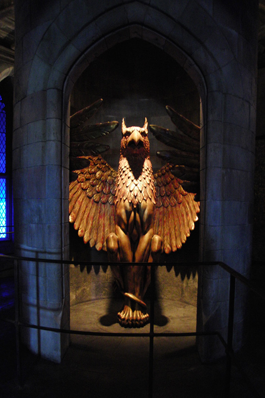 Wizarding World of Harry Potter Hollywood Phoenix_800.jpg